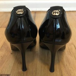 GUCCI Patent Leather Pumps In Black